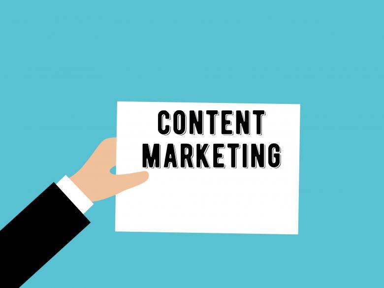 AdIntend presenta Sem@ntika: tool di NLG per il Content Marketing