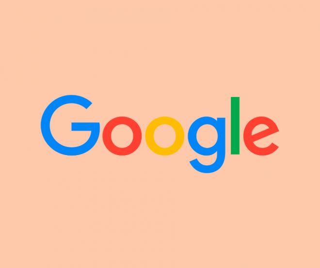 Il logo Google su sfondo arancione